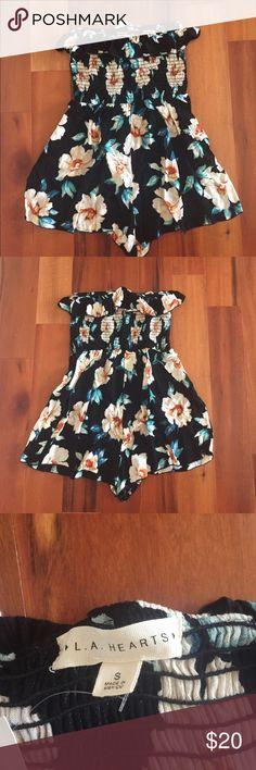 Smocked strapless floral romper Smocked strapless floral romper in a size small from pacsun. This is brand new and has never been worn! PacSun Pants Jumpsuits & Rompers