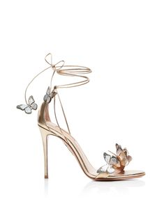 82. Aquazzura SS20 Fancy Shoes, Pretty Shoes, Beautiful Shoes, Cute Shoes, Me Too Shoes, Gorgeous Women, Mid Heel Sandals, Shoes Heels, High Heels Sandals