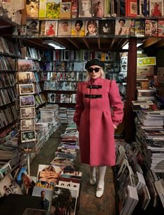 Noah Baumbach Casts Debbie Harry as the Queen of New York - Noah Baumbach Casts Debbie Harry as the Ultimate Queen of New York Balenciaga Coat, Gucci Coat, Noah Baumbach, Max Mara Coat, Wolford Tights, Stephen Shore, Blondie Debbie Harry, W Magazine, Rose Shirts