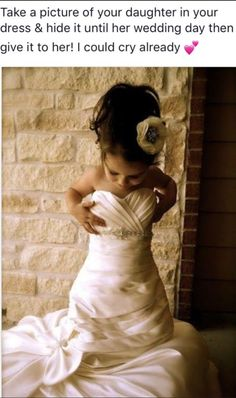 Get a photo of your flower girl in your gown then give her this photo on her own wedding day! such an adorable idea! of the day girls Get a photo of your flower girl in your gown then give her this photo on her own wedding day! On Your Wedding Day, Wedding Pictures, Perfect Wedding, Dream Wedding, Wedding Night, Wedding Ceremony, Wedding With Kids, Trendy Wedding, Boquette Wedding