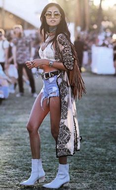 45 Trend Coachella Outfits Ideas Steal Now .- 45 Trend Coachella Outfits Stealing Ideas Now # Ideas - Music Festival Outfits, Music Festival Fashion, Festival Wear, Coachella Festival, Festival Clothing, Summer Festival Outfits, Festival Lollapalooza, Stagecoach Festival, Festival Shorts