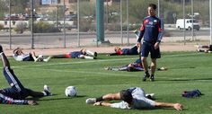 The head trainer for the New England Revolution tells us how to work out like a professional soccer player. Us Soccer, Soccer Drills, Soccer Coaching, Youth Soccer, Nike Soccer, Soccer Training, Soccer Players, Soccer Season, Professional Soccer