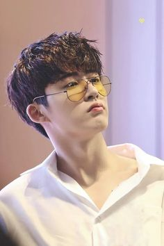 Kim Hanbin cute and cool at the same time ~ Yg Ikon, Kim Hanbin Ikon, Ikon Kpop, Yg Groups, Bobby, Sehun, Ikon Leader, Jay Song, Ikon Debut