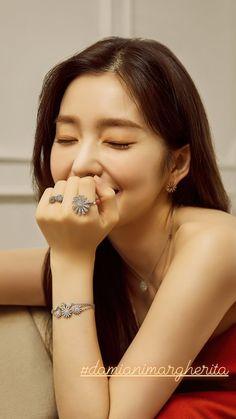 Joy Instagram, Seulgi Instagram, Instagram Story, K Pop, Red Velvet Photoshoot, Red Velvet Irene, Lip Art, Swagg, Korean Girl Groups