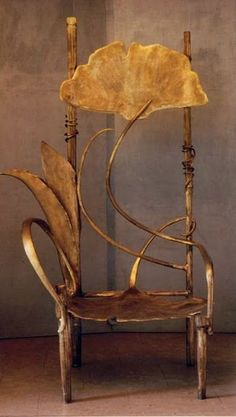 Les Lalanne~Art Nouveau/Art Deco~ A Gingko Leaf Chair. I love the gingko leaf! Mobiliário Art Nouveau, Design Art Nouveau, Muebles Estilo Art Nouveau, Muebles Art Deco, Funky Furniture, Unique Furniture, Furniture Design, Plywood Furniture, Chair Design