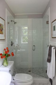 49 Amazing Bathroom Shower Remodel Ideas On A Budget bathroom Small Bathroom Layout, Small Bathroom With Shower, Guest Bathrooms, Cheap Bathrooms, Master Bathroom, Basement Bathroom, Condo Bathroom, White Bathroom, Modern Bathroom