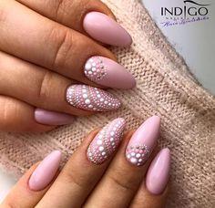 French Pink Gel Polish by Indigo Educator Anna Leśniewska