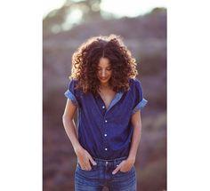 Paloma Jonas' naturally curly hair. Photography by Bryan Derballa. Hair and makeup by Gabi Pascua for the Wall Group. via J.Crew | Blog