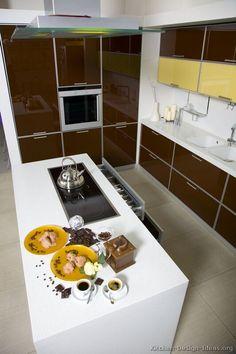 Modern Two-Tone Kitchen Cabinets #19 (Kitchen-Design-Ideas.org)