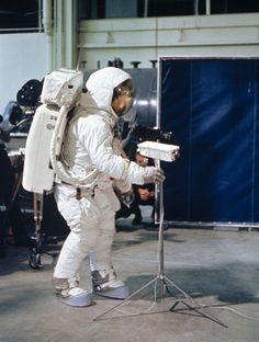 Real Apollo 11 Training Photos Look Like Prep For a Fake Moon Landing