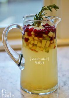 Winter White Sangria [cocktail recipe]   Picklee