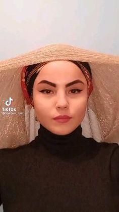 Hijab Turban Style, Simple Hijab, Hijab Style Tutorial, Beauty Makeover, Dress Clothes For Women, Abaya Fashion, Hijabs, Scarf Styles, Hair Beauty