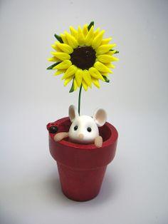 Fimo-Souris dans un pot de fleur