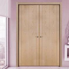 SanRafael Lisa Style L70 Oak veneered oak door with dark inlay. A gorgeous double door. #doubledoors