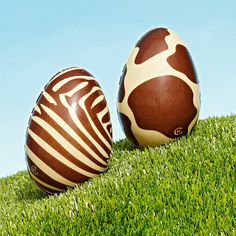 Animal print easter eggs from Hotel Chocolat Chocolate Shop, Easter Chocolate, How To Make Chocolate, Chocolates, Chocolate Showpiece, Making Easter Eggs, Ariana Grande, Easter Story, Wood Turning