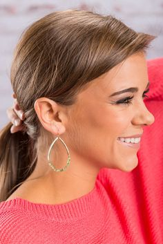 """""""Just Like That Earrings, Green"""" Just like that and these earrings can be yours! We love their teardrop shape and those mint beads lining the bottom! They are such a small detail but they are what make these earrings great! #newarrivals #shopthemint"""