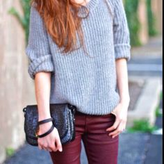 Grey top with maroon skinny