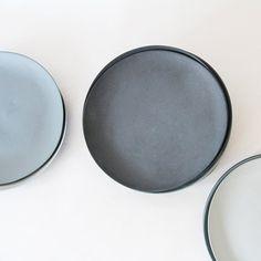 Plates porcelain gray set van GoldenBiscotti op Etsy, 144.00