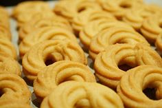 Cannabis Butter Cookies Recipe made with cookie butter & cannabis! Greek Desserts, Fun Desserts, Delicious Desserts, Yummy Food, Weed Recipes, Marijuana Recipes, Danish Butter Cookies, Butter Cookies Recipe, Gastronomia