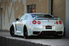 One of the baddest looking GTR's/GREATEST CAR EVER in the world