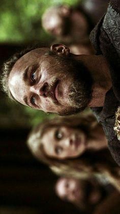 Norse Mythology Tattoo, Viking Wallpaper, Ragnar Lothbrok Vikings, Vikings Show, Vikings Travis Fimmel, King Ragnar, Floki, Martial Arts, Anime