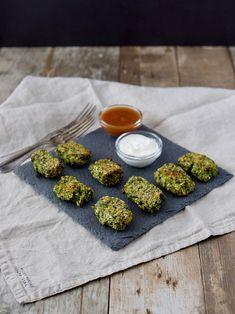 Brokolici mám ráda skoro ve všech úpravách a když jsem viděla recept na tyhle špalíčky, musela jsem ho vyzkoušet. Je to poměrně rychlé jídlo... Vegetarian, Cooking, Ethnic Recipes, Food, Kitchen, Essen, Meals, Yemek, Brewing