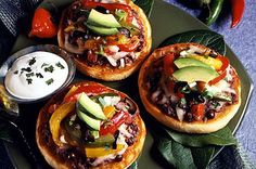 Jumpin' Jack N' Pepper Pizzas. Like the english muffin idea, great for lunch or appetizers English Muffin Brands, English Muffin Recipes, Bays English Muffins, Peppers Pizza, Pitted Olives, Baking Stone, British, Baking Muffins, Monterey Jack Cheese