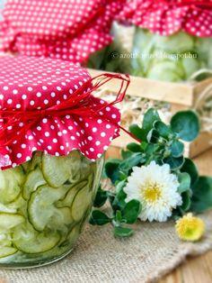 Az otthon ízei: Svéd uborkasaláta télire Preserves, Pickles, Food And Drink, Yummy Food, Vegetables, Cooking, Automata, Salad, Canning