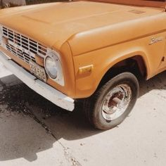 "alyssamjulian: ""orange creamsicle / dream car (at Williams, Arizona) """