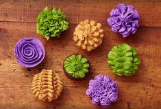 Ocho formas de decorar un cupcake con la boquilla de hoja