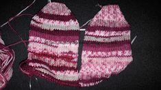 Handmade tricotaje: Ciorapi tricotati cu andrele circulare
