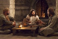 36 of my favorite pictures of Jesus Christ. The Lord teaching at the table.