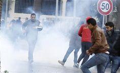 Gouvernement d'union en Tunisie après la mort d'un opposant - http://www.andlil.com/gouvernement-dunion-en-tunisie-apres-la-mort-dun-opposant-89998.html