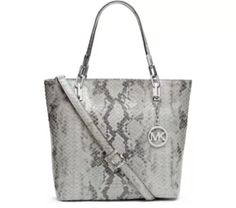 Find this Pin and more on Gentii. Michael Kors bags ...