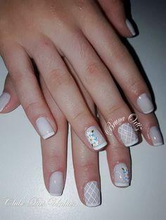 Galeria com Várias Fotos de Unhas Desenhadas Cute Nail Art, Toe Nails, Nail Art Designs, Beauty Makeup, Make Up, Look, Triangles, Nail Art Flowers, Perfect Nails