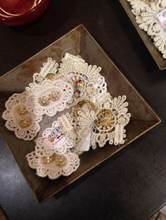 Cute idea with doilies. From Francesca's
