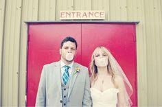 Bubble gum + bride + groom = love!