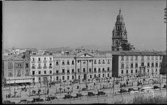 Murcia: Business Center Metropolis Empire - Page 353