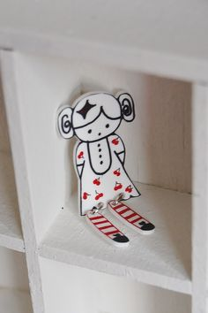Shrink plastic jewelry making - Doll Brooches ... - JEWELRY AND TRINKETS