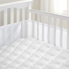 BreathableBaby Breathable Mesh Crib Liner, White (Mint Green ...