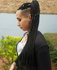 20 Superb Braids with Shaved Sides Worth Copying # micro Braids with shaved sides 20 Trendy Ways to Wear Braids with Shaved Sides # micro Braids with shaved sides Box Braids Hairstyles, Protective Hairstyles, Half Braided Hairstyles, Shaved Side Hairstyles, Try On Hairstyles, Braided Hairstyles For Black Women, Trending Hairstyles, Teenage Hairstyles, Short Hair Updo
