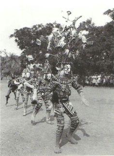 Igbo maiden spirit performance.