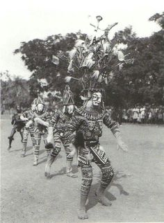 Igbo maiden spirit performance.