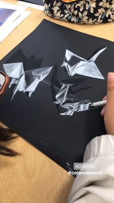 This is a fun and engaging drawing lesson for Intermediate to Advanced artists – students create their own origami drawings and then render. Drawing Skills, Drawing Lessons, Drawing Tips, Middle School Art, Art School, High School Art Projects, Art Education Projects, Black Paper Drawing, Observational Drawing