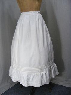 498824445f3 Details about VICTORIAN 1890 PETTICOAT WHITE COTTON LACE RUFFLE VINTAGE  LINGERIE HALF SLIP 30