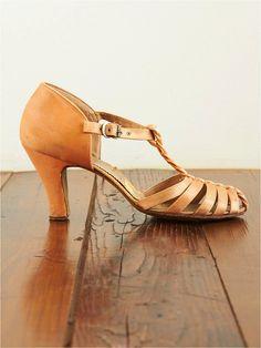 Vintage Silk Covered Heels from Free People Vintage Loves