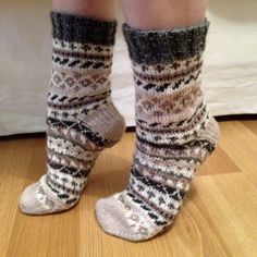 Knitting Socks, Knit Socks, Crochet Baby, Knit Crochet, Sock Toys, Sexy Socks, Bunt, Knitting Patterns, Stockings