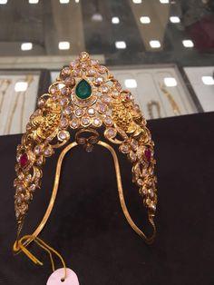 Uncut Diamond Ara Vanki – boutiquedesignerjewellery.com Vanki Designs Jewellery, Gold Jewellery Design, Hand Jewelry, Kids Jewelry, Gold Ring Designs, Uncut Diamond, Indian Jewelry, Wedding Jewelry, Jewelry Collection