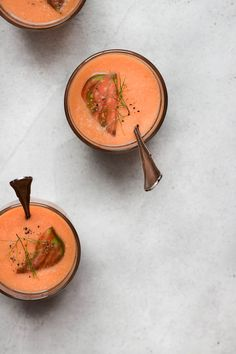 Heirloom Tomato Gazpacho with Fennel, Orange + Cardamom ⎮ happy hearted kitchen Healthy Summer Recipes, Clean Recipes, Whole Food Recipes, Vegan Stew, Vegan Soups, Curry Recipes, Soup Recipes, Tomato Gazpacho, Dairy Free Soup