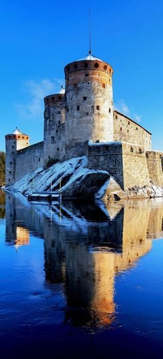 Castle Olavinlinna (Olofsborg) in winter, Savonlinna, Finland | The 20 Most Stunning Fairytale Castles in Winter